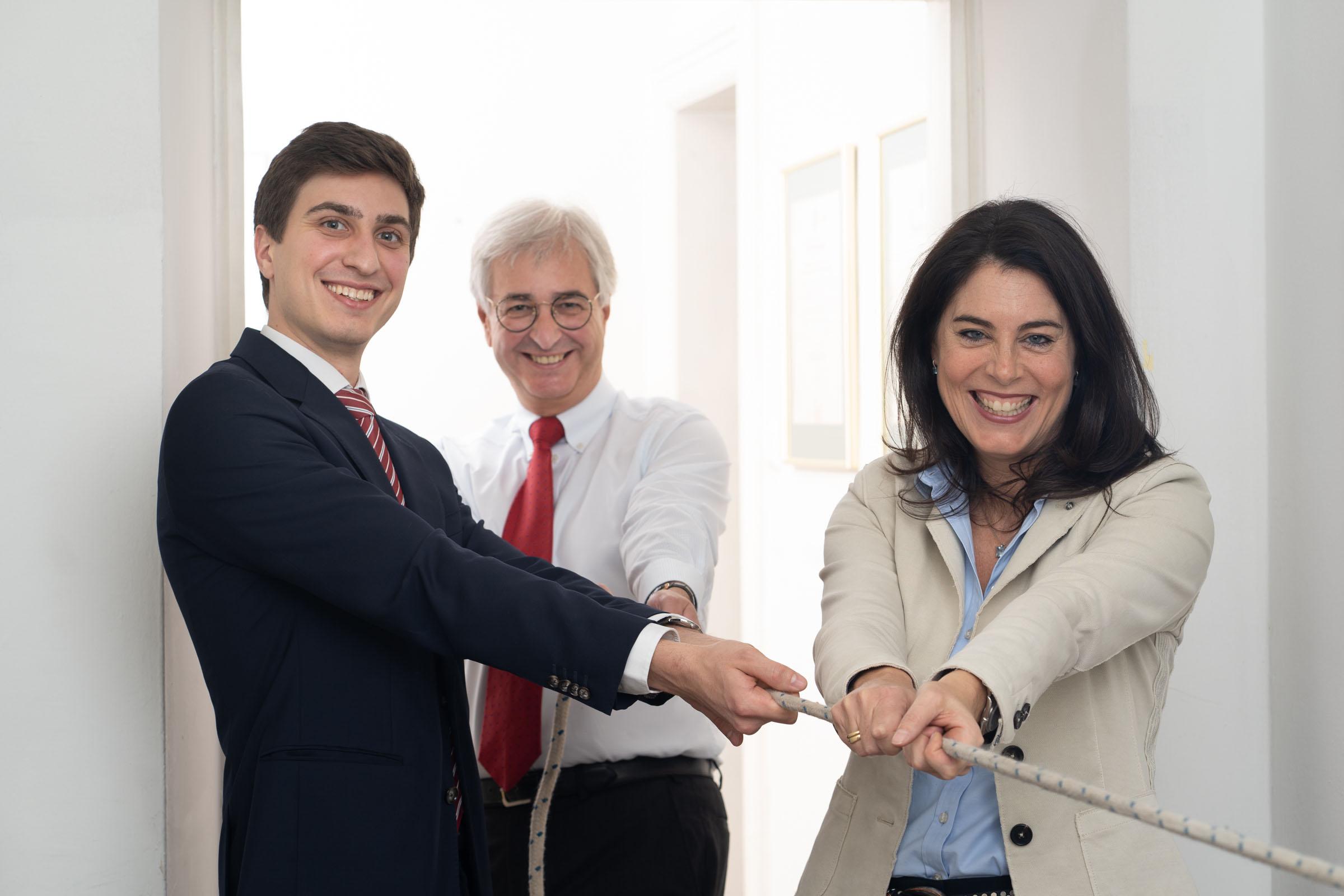 Die Partner Mag. Xavier Dyck, Dr. Michael Dyck und Dr. Christine Monticelli ziehen gemeinsame an einem Strang.